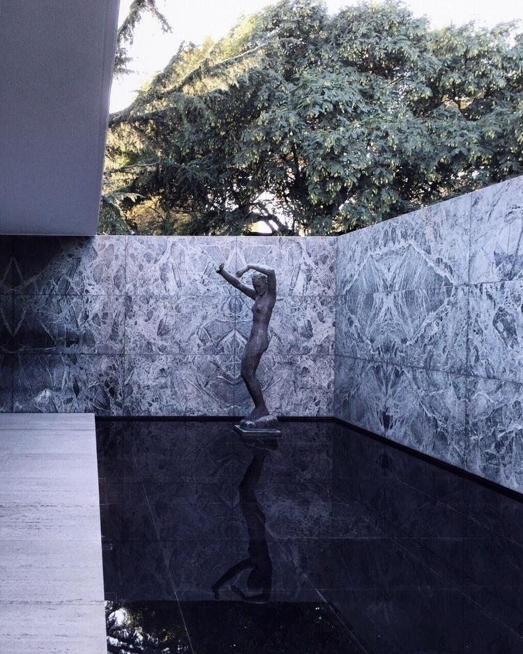 Mies Van der Rhoe - Pabellón al - mxmcclm | ello