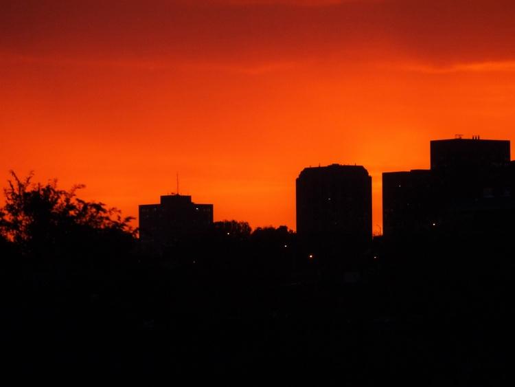 montreal, photography, sky - fiertedecactus | ello