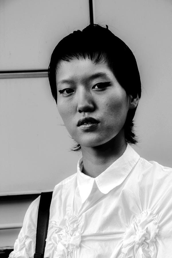 Shujing Zhou  - fashionsnap | ello
