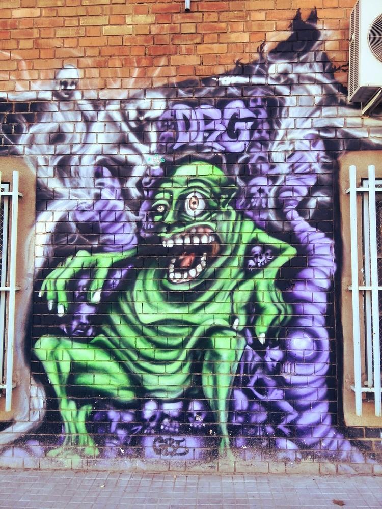 streetart, bcn, barcelona - this_game_has_no_name | ello