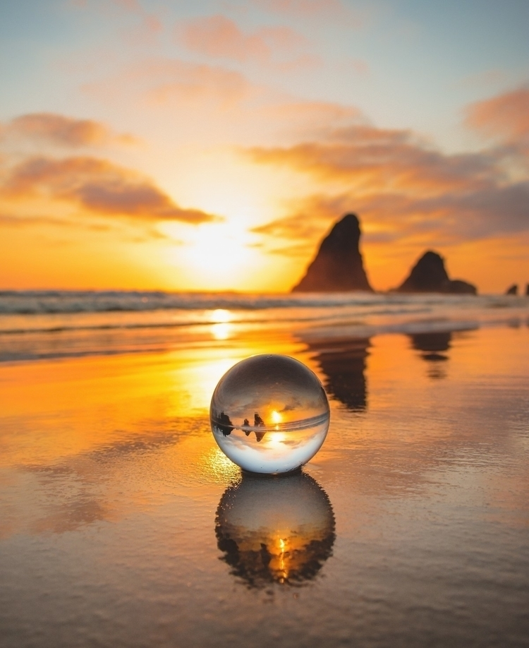 Glasshouse Rocks - 5ithelement | ello