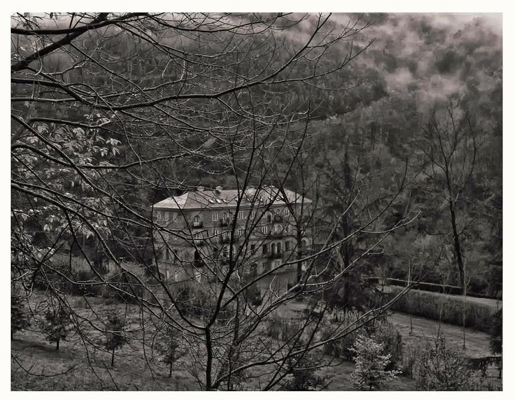 orphanage, Sestelo, Asturias, S - guillermoalvarez | ello