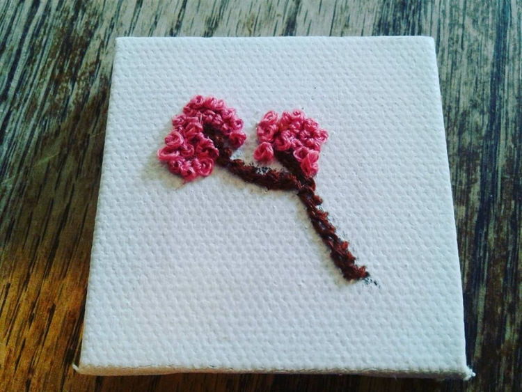 Hand embroidered tiny canvas - embroidery - valentinacano | ello