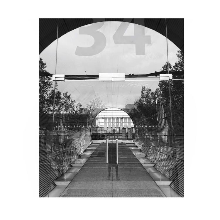 moment realise walk - photography - aanagnostou13 | ello
