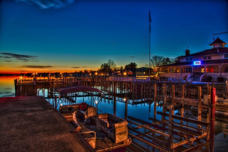 Sunset Yacht Club - donwisejr | ello
