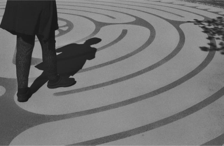 walk - film, photography, labyrinth - flaneurity | ello