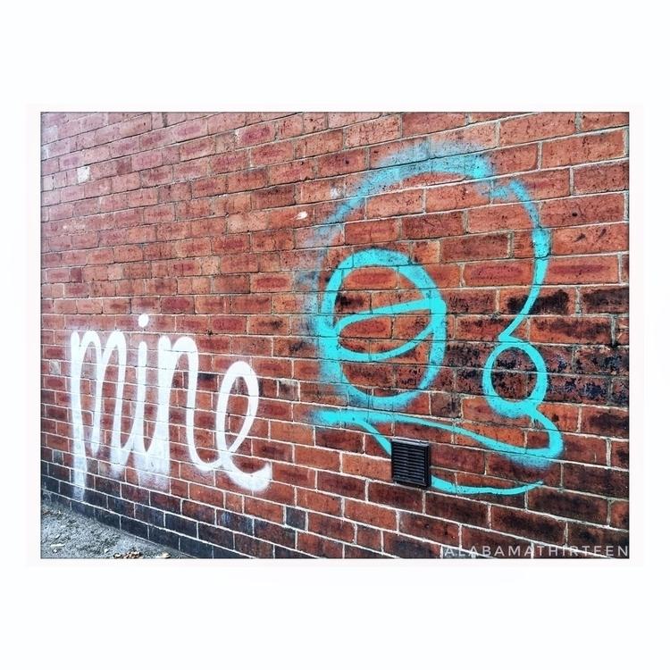 | 011117  - streetart, tagging, graffiti - alabamathirteen | ello