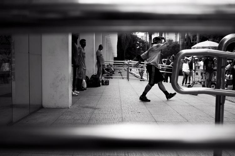 bit work - streetphotographer - filipelopesfoto | ello