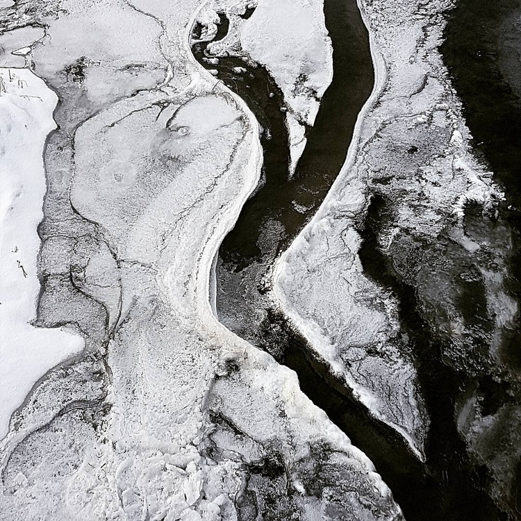 Flowting flowing Winter texture - chitreesign   ello