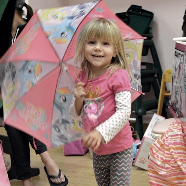 birthday umbrella - photography - kenlong | ello