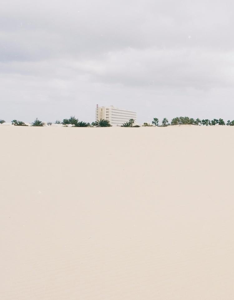 OASIS - photography, minimal, brutalism - lapremioqueen | ello