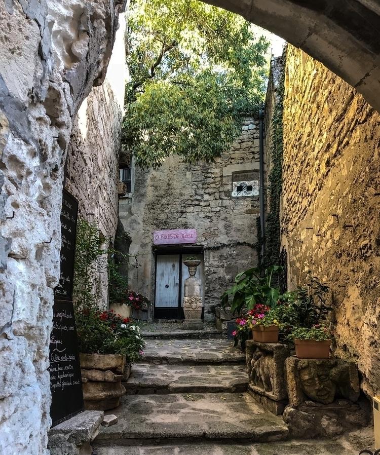 South France village - exinerartstudio | ello