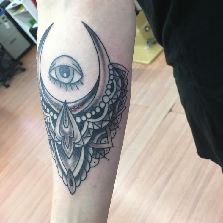 mandala, eyecandy, tattoo., blackandgrey - levigreenacres | ello