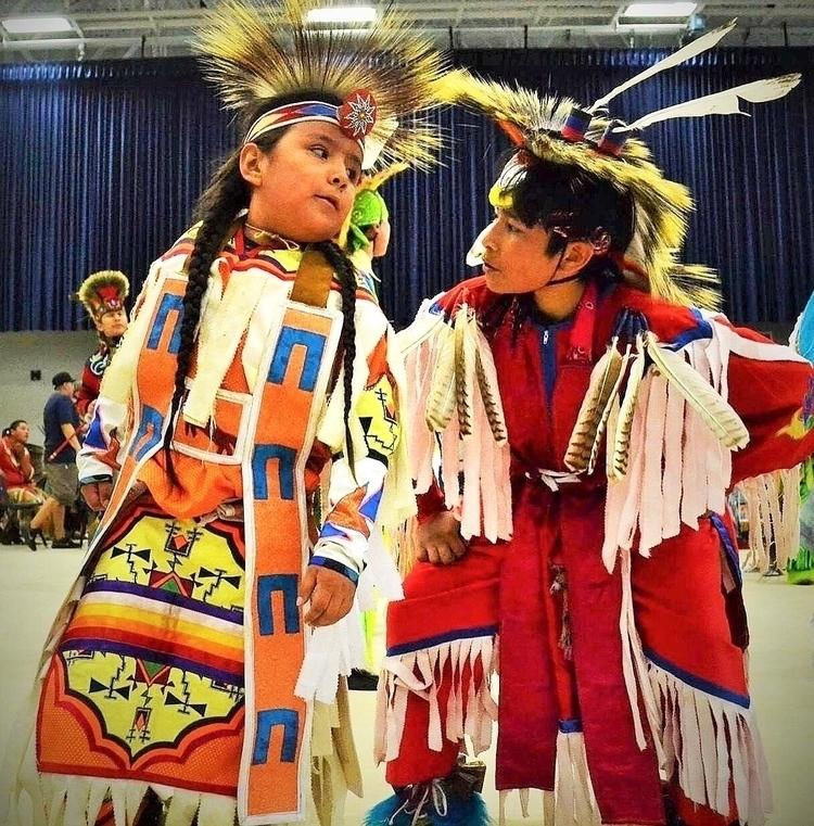 Reclaiming Indigenous Youth. ge - danse_dannielle | ello