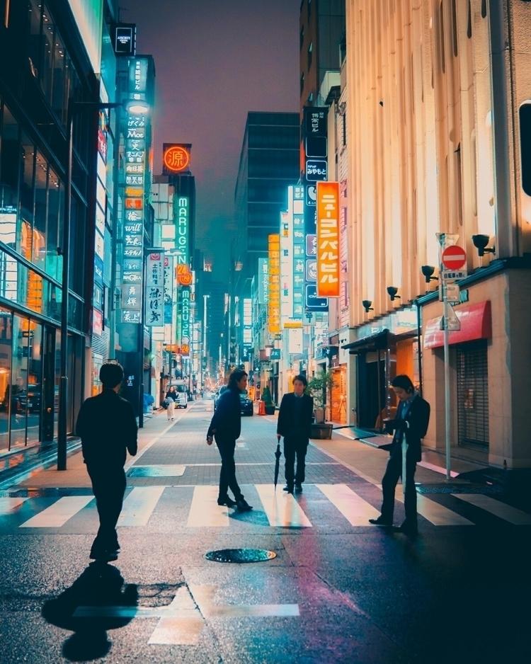 Exploring backstreets neon cany - fokality | ello