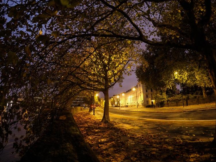 London Walks - 1', UK, night, walk - konstantinos776 | ello