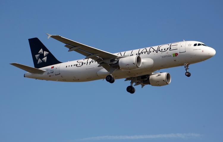 CS-TNP TAP - Air Portugal Airbu - mathiasdueber | ello