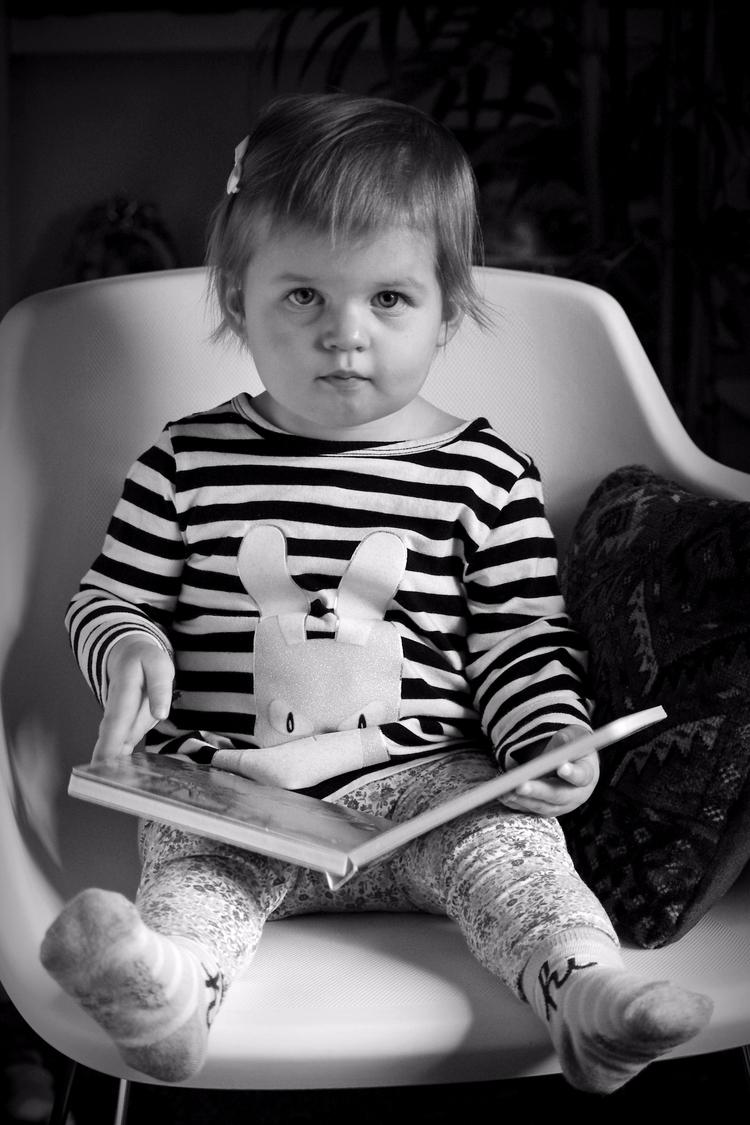 Portrait young reader - photography - chetkresiak | ello