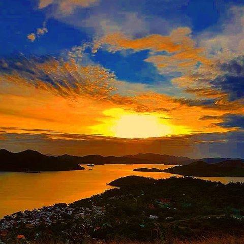 top - Sunset, CoronBay, MountTapyas - vicsimon   ello