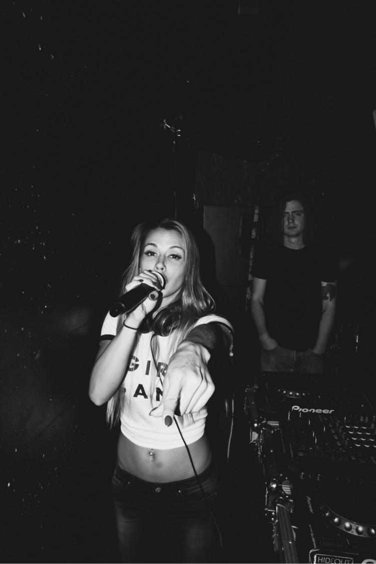 Jam sessions underground | - photography - minnley | ello