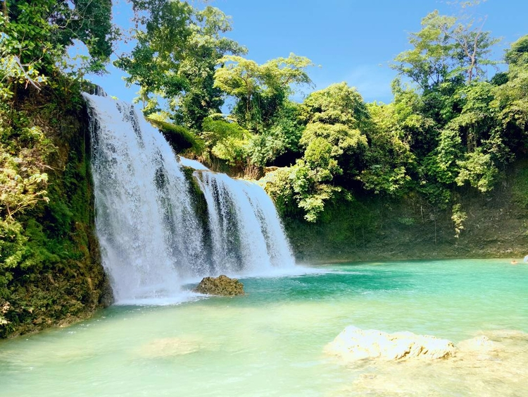 Bolinao Falls 1. jump top fall  - rheaiyah | ello