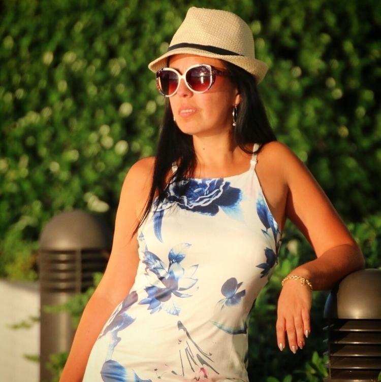 Carolina Torres - carolina_torres - ivan_varela | ello