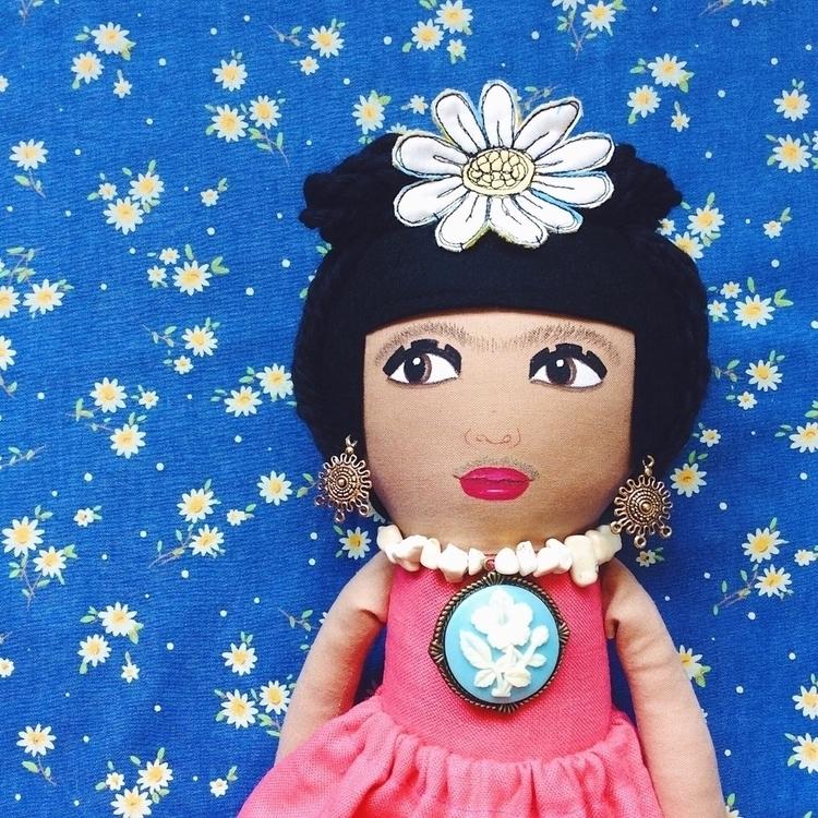 Frida dreadlocks wrinkled linen - alittlevintagedoll | ello