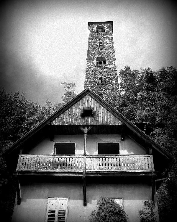 schrottturm gesehen 2006 wörthe - fkopr | ello