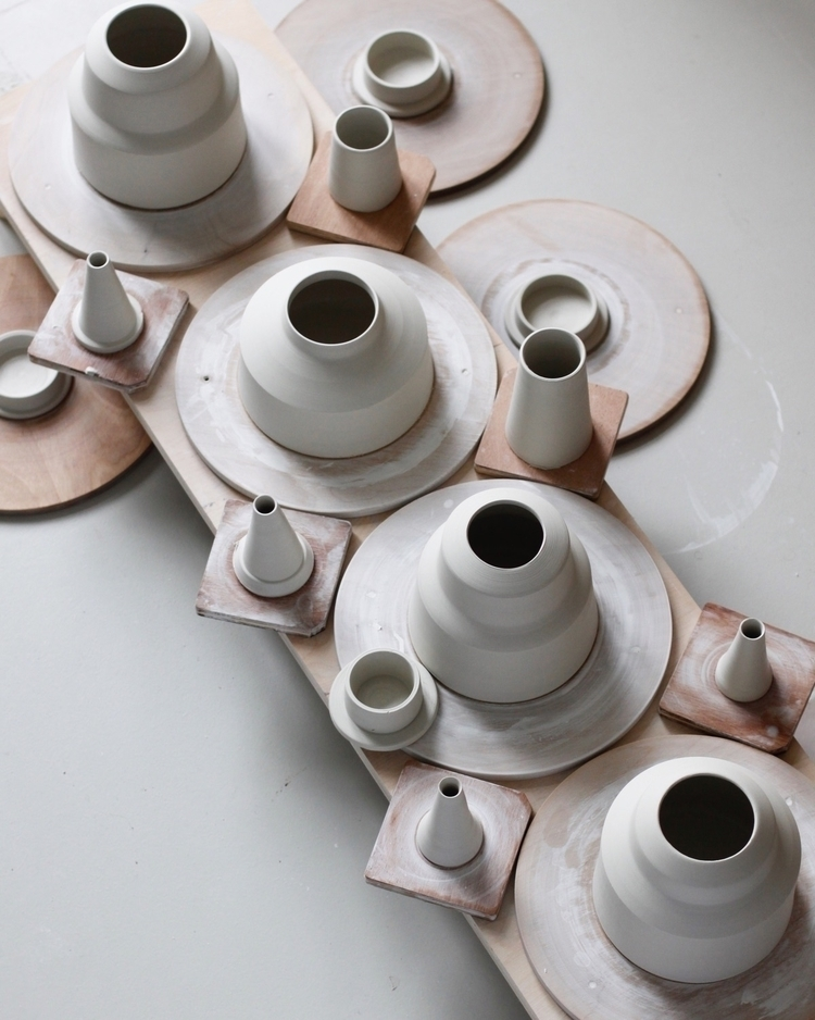 Throwing teapots, lid spouts mo - elliottceramics | ello