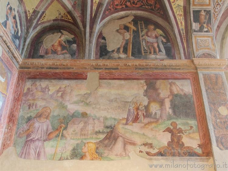 Milan (Italy): wall apse Orator - milanofotografo | ello