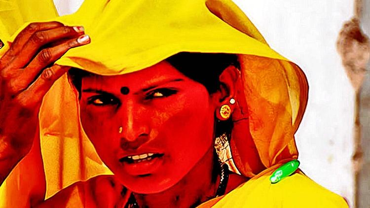 Yellow morphing GIF Film: Site - drakre52 | ello