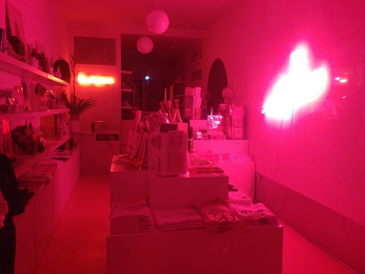 Glowing pink // life inspo livi - chloehyman | ello