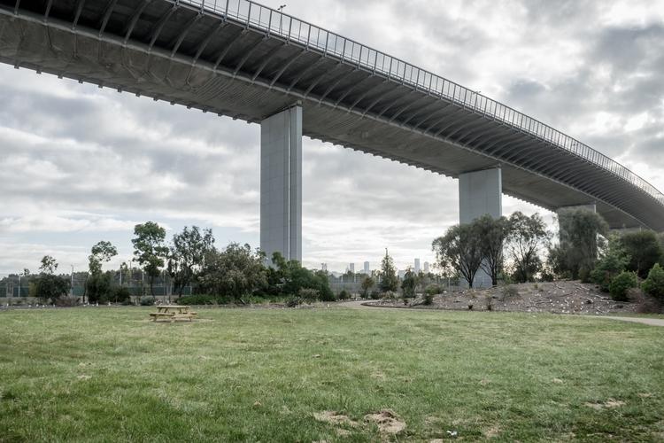 Picnic Melbourne, Vic. Australi - garylight | ello