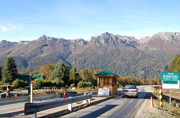 Paso Internacional Puyehue. Oso - ricardocarrascor | ello