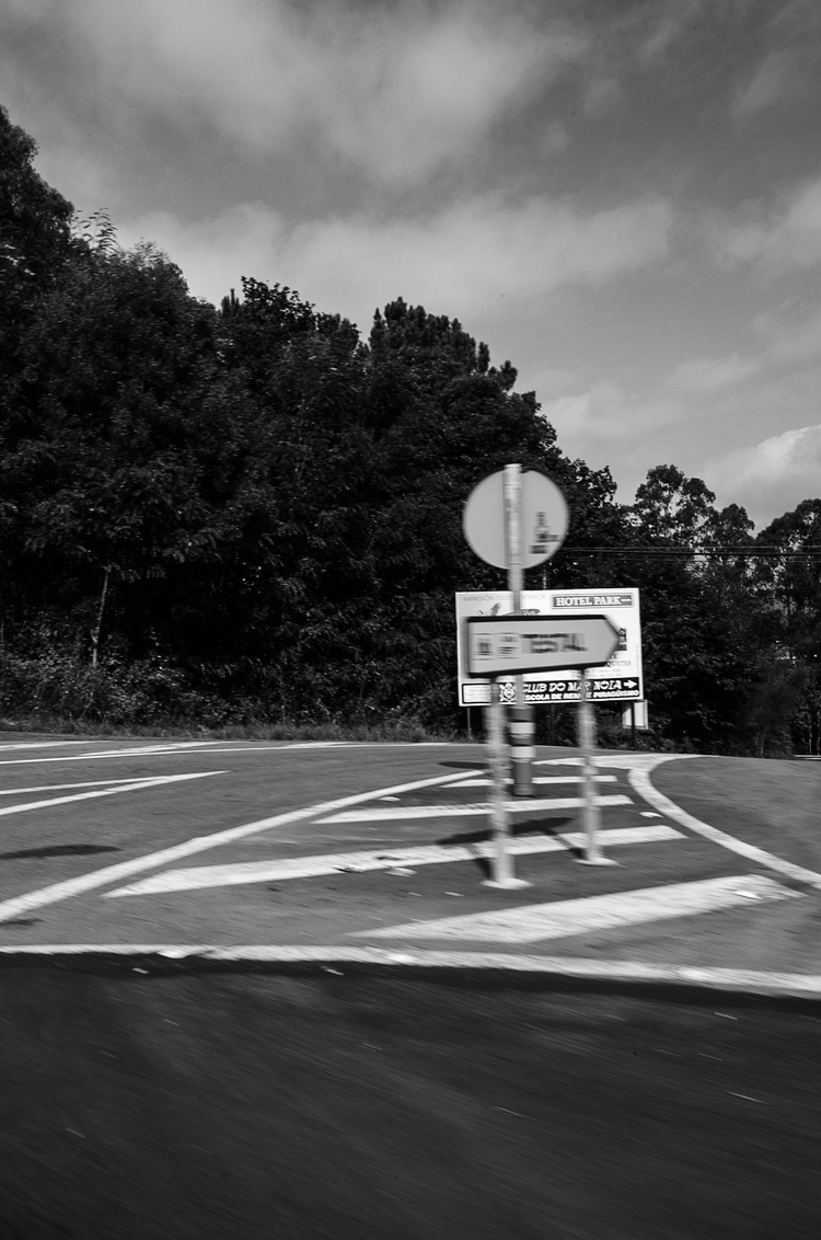Crossroad - santi_dieste | ello