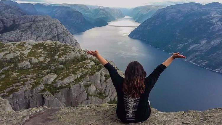 Fiordos, Norway. Majestic / Fre - marianutz | ello