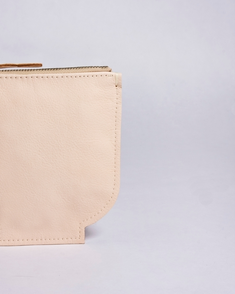 Planter bag. Pouch BOL nude - elevenelephant | ello