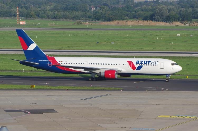 Azurair B767, Düsseldorf 29.08 - brummi | ello