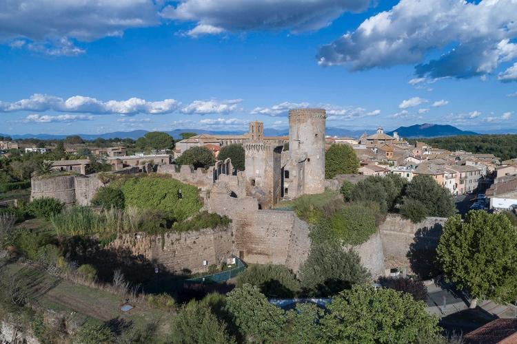 Italy - Nepi (VT) fortress Borg - gogofly | ello