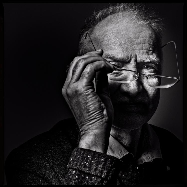 shot Anders Bodin - Arkitektenshandbok - niklaspalmklint | ello