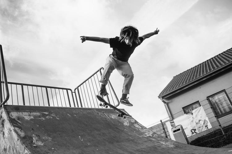 Jonas Goossens, Skater - photography - brecht_vanhoutte | ello