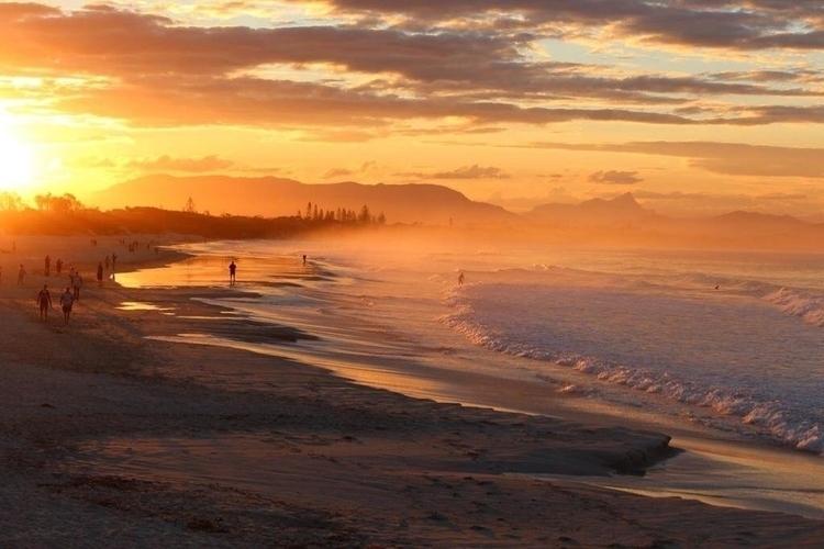 Sunset Main Beach Byron Bay Mt - artloft427 | ello