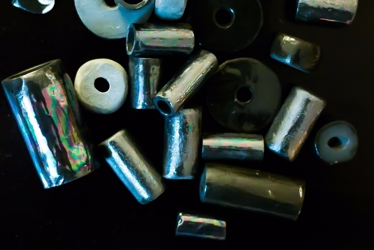 glass rocks. Black porcelain ir - littleclaystudio | ello