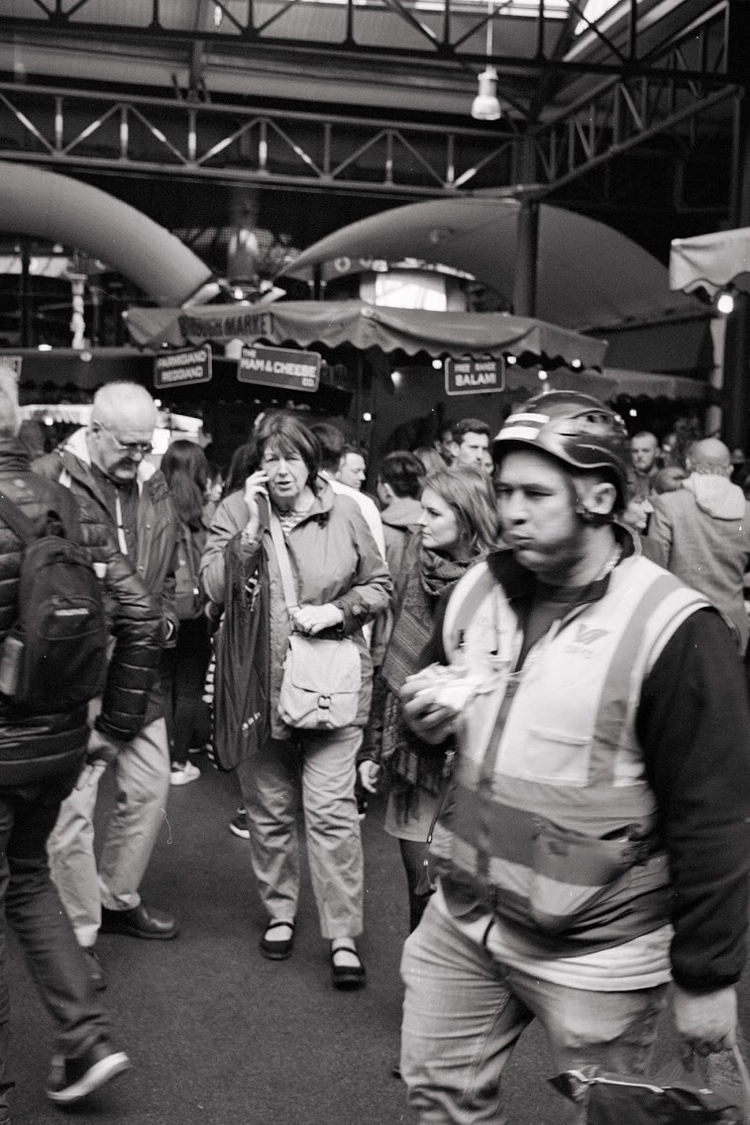 keeping touch - street, london, boroughmarket - paulgriffiths | ello