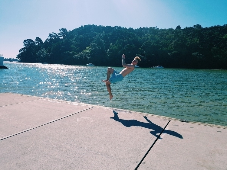 Flying summer 🤙 - rhyskimber | ello