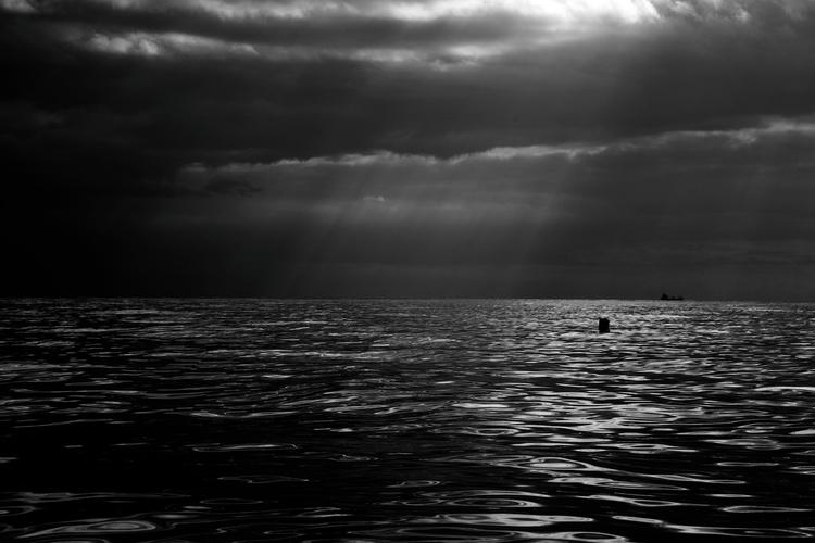 Rain coming (Tyrrhenian sea, It - alexosinho   ello