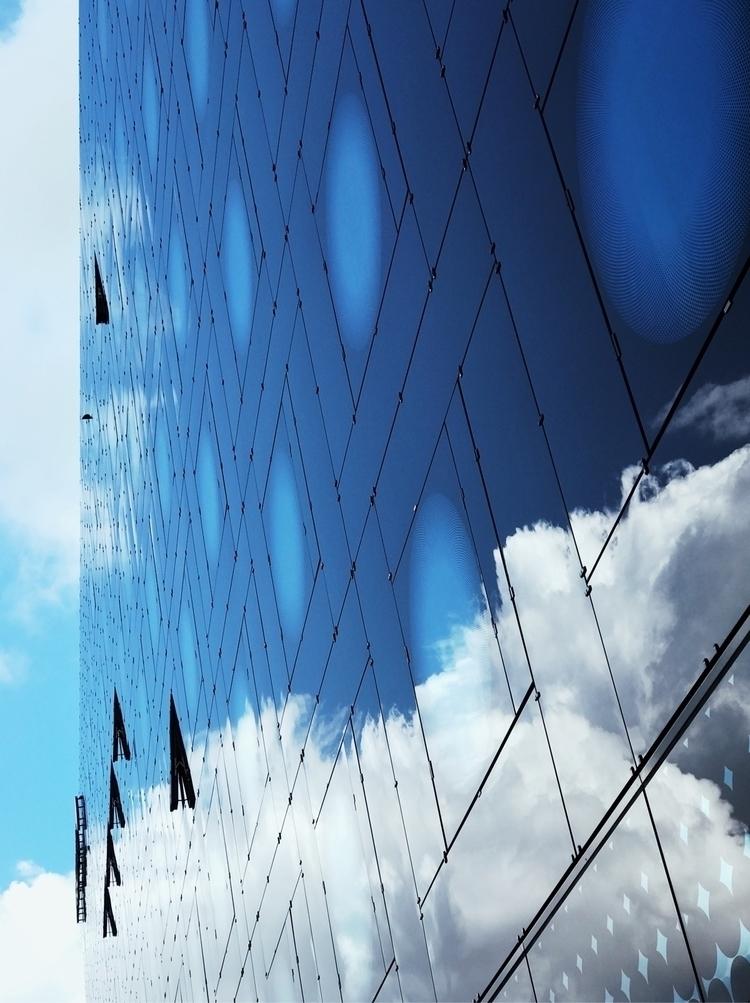 Visit portfolio - Photography, blue - mobilshots | ello