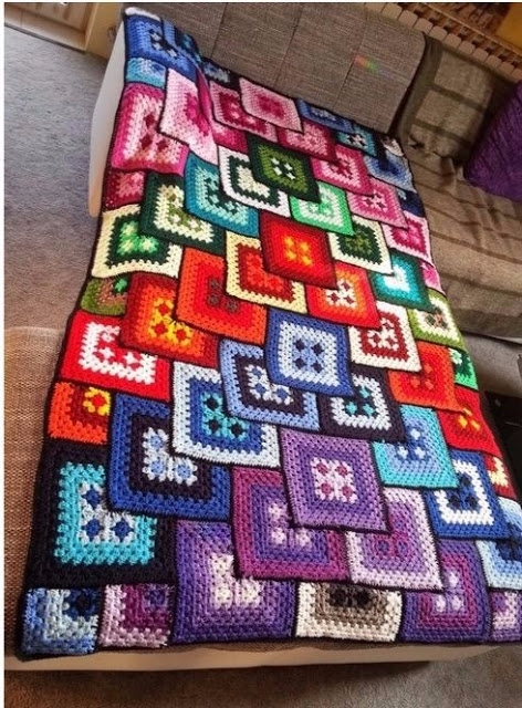 Good morning, blanket beautiful - carlabreda | ello