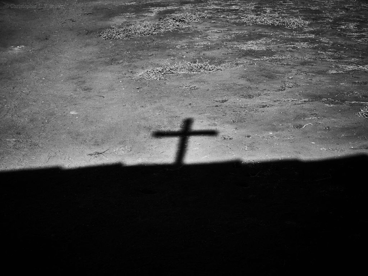 Crossed Shadow. WebSite - monochrome - tychobrown | ello