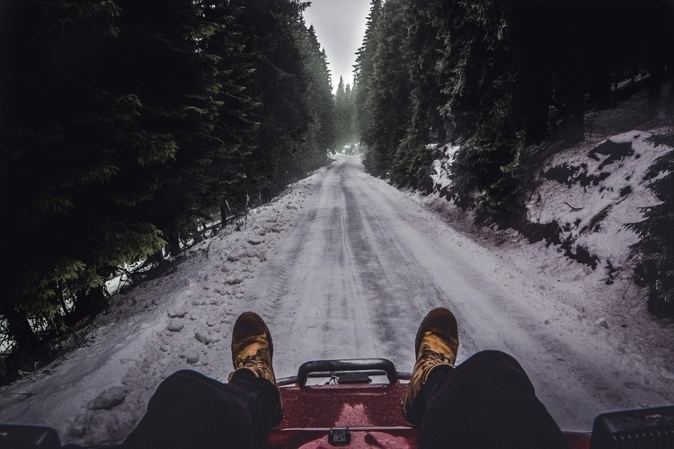 oneway, photography, winter, road - zavaczki | ello